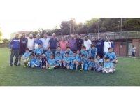Göçükte kaybettikleri arkadaşlarının anısına yaz futbol okulu açtılar