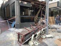 Nişantaşı'nda 23 yıldır faaliyet gösteren kafeterya belediye ekipleri tarafından yıkıldı