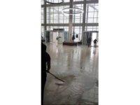 Muğla'da yağmur yağdı, hastane su altında kaldı