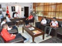 Kayserili Muaythai sporcularından Murat Eskici'ye ziyaret