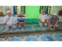 Burhaniye'de yılın ilk hac kafilesi dualarla uğurlandı