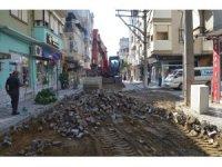 Turgutlu'da 25 yıllık yol yenileniyor