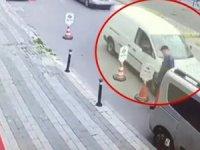Üsküdar'da faciadan dönüldü! Uyuyakalan sürücü az daha yayayı eziyordu