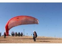 Siirt'te huzur ortamının sağlanmasıyla yamaç paraşütüne ilgi arttı