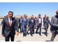 Ulaştırma ve Altyapı Bakanı Turhan Malatya'da