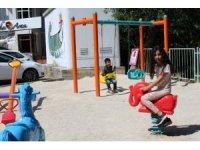 Kazada hayatını kaybeden 3 yaşındaki kızının adına park yaptırdı