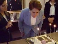 Akşener'e doğum günü sürprizi!