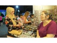 Burhaniye'de kadınların ürettiği takılar ilgi gördü