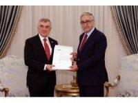 KKTC Cumhurbaşkanı Akıncı, CHP Genel Başkan Yardımcısı Çeviköz'ü kabul etti