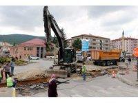 Yozgat dört yol kavşağında asfalt çalışması başladı