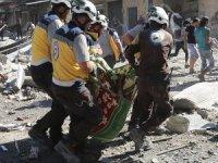 Rus uçakları İdlib'i bombaladı: 38 sivil öldü