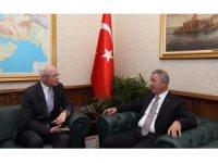 Bakan Akar, ABD Suriye Özel Temsilcisi Jeffrey ile görüştü