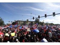 Porto Riko'da yüz binler valinin istifasını istiyor