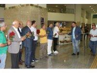 DTSO IKBY'li vatandaşları karanfille karşıladı