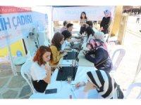 Eyüpsultan Meydanı'nda ücretsiz YKS tercih çadırı kuruldu