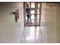 Evlerden 100 bin TL'lik vurgun yapan hırsızlar yakalandı