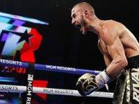 Rus boksör ringde aldığı darbelerle öldü!