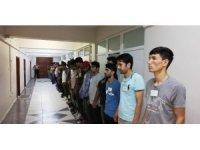 Aksaray'da 110 kaçak göçmen sınır dışı edildi