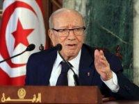 Tunus Cumhurbaşkanı hayatını kaybetti
