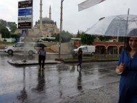 Meteoroloji uyardı: Marmara'ya sağanak yağış uyarısı... İstanbul'da yağmur sürprizi