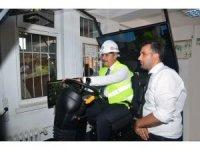 Kırşehir'de Vali Akın, Forklift Simülatör Aracını tanıttı