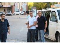 İki bavul altınla kaçtığı iddiasıyla tutuklanan kuyumcudan şikayetçi sayısı 80 kişiye ulaştı
