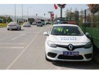 Hız yapan sürücüler radara yakalandı