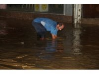Rize'de şiddetli sağanak yağış