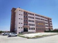 Meram Belediyesi okulların tadilatlarını gerçekleştiriyor