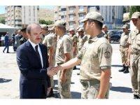 Jandarma Komutanlığı ve Emniyet Müdürlüğünde bayramlaşma
