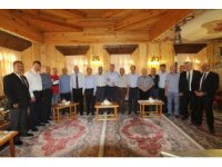 Başkan Pekmezci, Bayburt heyetini Bayburt Evi'nde ağırladı