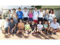 Burhaniye'de özel sporcular federasyona teşekkür etti