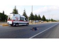 Yolun karşısına geçerken aracın çarptığı yaşlı adam hayatını kaybetti
