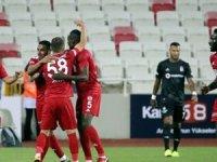 Beşiktaş'a Sivas'ta soğuk duş:3-0