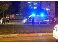 Adıyaman'da otomobil refüje çıktı: 3 yaralı