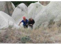 Kayalıklarda mahsur kalan şahsı AFAD ekipleri kurtardı