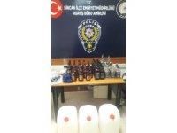 Kuaförde 36 şişe kaçak alkol ele geçirildi