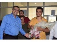 Başkan Öz yeni üniversitelileri karşıladı