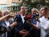 İBB Başkanı Ekrem İmamoğlu, Sarıyer'de çökme tehlikesi bulunan binayı inceledi!