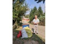 Karasu'da çöpleri toplanmayan mahalleli isyan etti