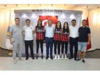 Basketbolda Turgutlu Belediyespor'un gururu oldular