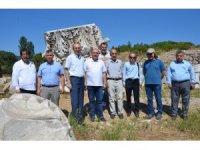 Kaymakam Yazar ve Rektör Özdemir, Kyzikos'u ziyaret etti