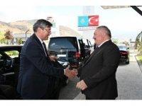 Kazakistan Büyükelçisi Saparbekuly Kayseri OSB'u Ziyaret Etti
