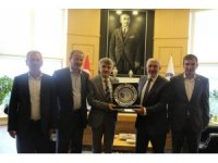 İlçe Başkanı Var'dan Rektör Uysal'a ziyaret