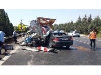 Otomobil su tankerine çarptı: 1 yaralı