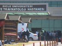 Diyarbakır'da zırhlı araç devrildi:2 polis şehit oldu, 4 polis yaralandı