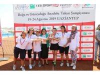 Erkeklerde Gaziantep Tenis İhtisas Kulübü birinci oldu