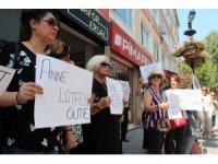 """Yalovalı kadınlar """"Kadına şiddete dur"""" demek için toplandı"""