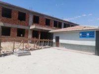 Durdurulan okul inşaatına vatandaşlardan tepki
