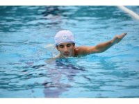 Yüzme kursu, skolyoz hastası Görkem'in umudu oldu